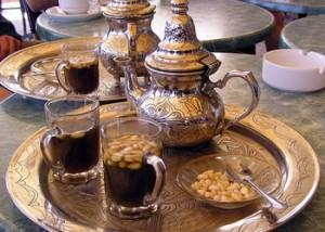Thé à la menthe, en Tunisie